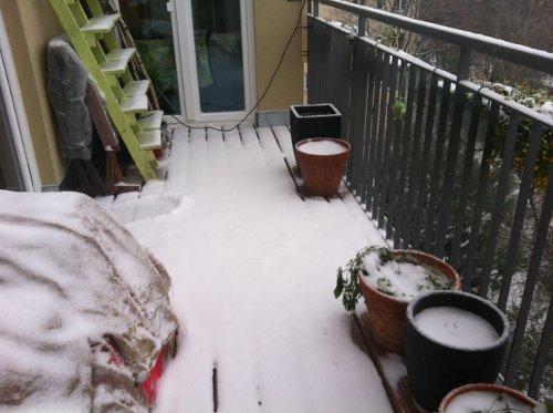 Een Winters Balkon : Balkon im winter schöner balkon